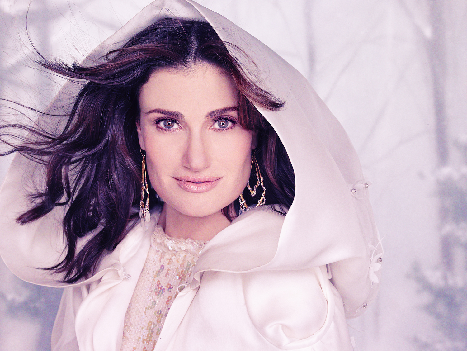 Photo of Idina Menzel